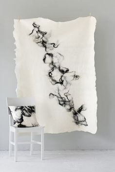 Mixed felt fibers create a inky water effect