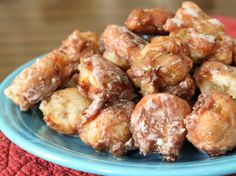 Gluten-free fritters: small fritters come out with the ideal ratio of crisp fried exterior to apple-packed crumb, crisp bits of chopped apples scattered throughout and just the slightest hint of confectioner's glaze.