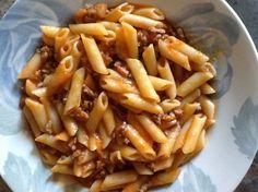 Macarrones a la boloñesa para #Mycook http://www.mycook.es/receta/macarrones-a-la-bolonesa/
