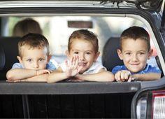 Viaggiare in auto con i bambini: 10 giochi per intrattenerli e non farli annoiare