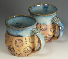 glaze on handle and rim Slab Pottery, Pottery Mugs, Pottery Ideas, Ceramic Pottery, Pottery Art, Coffee Geek, Coffee Mugs, Clay Stamps, Clay Mugs