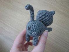 Free cat amigurumi pattern