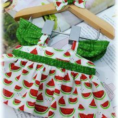 O que vem por aí... Preparando novos modelos pros kits de roupichas.  Muito amor. #roupadeboneca #brincadeira #brincandodecasinha #brincandodeboneca #crianca #presente #gravida #gravidas #tildatoybox #sweetheartdoll #melancia #verao #handmadedoll #decoracaodefestas #maternidade #mamaes #mamãeebebê #tilda #babytilda #costurices #fofurice #tildatoy #tildatoys #instaphotos #bonecadepano #atelie #fotografiainfantil  #instafilha #filha #fotografia