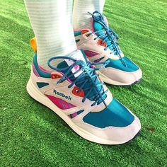 #sneakerhead #sneakers #kicks #reebok #ventilator #SO limited salmon Reeboks spotted!