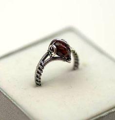 I jeszcze raz ponudzę Was moim miniaturowym pierścionkiem ... Tym razem naprawdę mikrusek - rozmiar jubilerski 9, czyli około 15mm średnic...