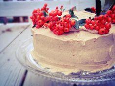 Vegan Pumpkin Spice Cake with Cashew-Date Frosting