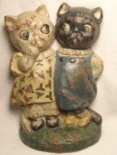 ANTIQUE HUBLEY CAST IRON TWIN CAT KITTENS DOORSTOP GOOGLEY EYED by GRACE DRAYTON