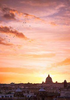 mostlyitaly:  Rome (Lazio, Italy) by Elisa Verdirosi on Flickr.