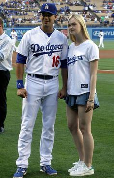 Elle Fanning Throws Out pitch at Dodger Stadium in Los Angeles – June 2014