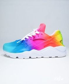 Nike Air Huarache - RXL Custom Rainbow - REMIX LINE