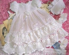 CROCHET PATTERN Christening Gown Outfit Baby por DelsieRhoades
