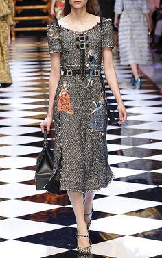 Dolce & Gabbana Fall/Winter 2016 Look 53 on Moda Operandi