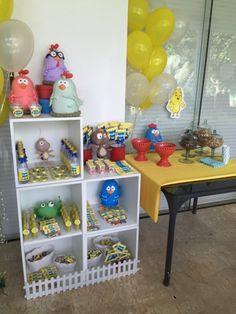 Festas Personalizadas em Brasília: Pintinho Amarelinho No Bake Cake, Baking Recipes, Cake Baking, Desserts, Food, Baby Chickens, Yellow, Fiestas, Power Strip