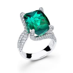 Simon G. 18K White Gold Green Tourmaline and Diamond Pave Ring Featuri · MR1478 · Ben Garelick Jewelers