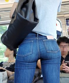 20 Seriously Brilliant Inventions That Could Change Your Life Sexy Jeans, Skinny Jeans, Denim Attire, Looks Pinterest, Up Skirt Pics, Patched Jeans, Girls Jeans, Outfit, Pants For Women