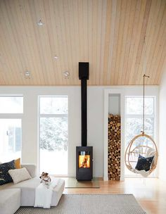 in Trois-Rivières! Congrats 💫 to designer for winning second place Web Contest for the favourite home of How much more cozy can you get ? 🔥 Photographer Featured in in February 2019 Design: Andréanne Allard via Home Fireplace, Fireplace Design, Scandinavian Fireplace, Scandinavian Cabin, Cabin Interiors, Wood Burner, Home And Living, Living Room, House Plans