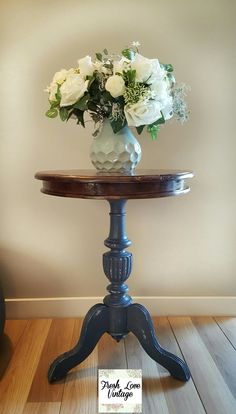Coffee table restored by @freshlovevintage