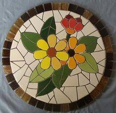 Best 12 Mióta ezt tudom, nem dobom ki a törött tányérokat, bögréket, sőt gyűjt Mosaic Tile Art, Mosaic Artwork, Mirror Mosaic, Mosaic Diy, Mosaic Crafts, Mosaic Flower Pots, Mosaic Pots, Mosaic Garden, Mosaic Glass