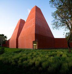 Paula Rêgo Museum by EDUARDO SOUTO DE MOURA