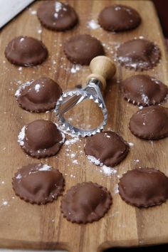 How to Make Chocolate Ravioli: Chocolate Ravioli. These are filled with mascarpone and vanilla, but chocolate ganache with different flavors would be good as well. (chocolate ganache cupcakes how to make) Chocolate Ravioli, Chocolate Recipes, Chocolate Ganache, Homemade Chocolate, Chocolate Cheese, Dessert Chocolate, Yummy Treats, Sweet Treats, Yummy Food