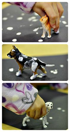 Snowy Footprints - A process art activity for a preschool pet theme. This would do well with older kids as well! Lots of learning with this easy art project!