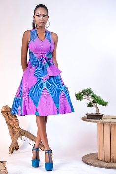 You can tell how beautiful an African lady is by seeing her dressed in her beautiful Ankara gown - Check out these beautiful ankara gown styles of 2018 African Dresses For Women, African Print Dresses, African Attire, African Wear, African Fashion Dresses, African Women, African Prints, African Outfits, Ankara Fashion