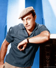 Gene Kelly- awesome actor and dancer Hollywood Icons, Hollywood Actor, Golden Age Of Hollywood, Hollywood Stars, Classic Hollywood, Old Hollywood, Hollywood Glamour, Hollywood Actresses, Burlesque