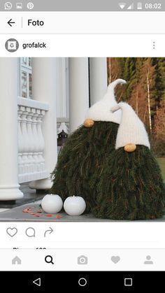 Christmas Branch elves