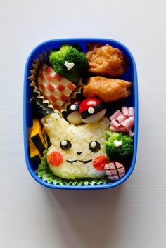 Japanese moms go to great lengths, and hours, to make cute lunchboxes.