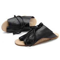 Plus Size Trend Comfortable Vogue Slip On Sandals For Women is comfortable to wear. Shop on NewChic to see other cheap women sandals on sale Mobile. Latest Fashion For Women, Latest Fashion Trends, Sport Sandals, Women Sandals, Flat Sandals, Youth Shoes, Womens Golf Shoes, Sandals For Sale, Leather Mules
