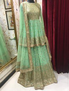 Mehndi Dresses Sharara, Lengha Choli, Pakistani Dresses, Indian Dresses, Indian Outfits, Bridal Lehenga, Bridal Mehndi, Indian Party Wear, Casual Saree