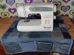 Fantastic No Cost Sewing Machine Organizer, Desk Organizer, Denim Organizer, Small Instruments Organizer - Mary Armstrong - BuyThenNow Strategies I really like Jeans ! And even more I love to sew my own Jeans. Next Jeans Sew Along I'm plannin Sewing Hacks, Sewing Tutorials, Sewing Projects, Sewing Tips, Sewing Patterns, Dress Tutorials, Tatting Patterns, Jean Crafts, Denim Crafts