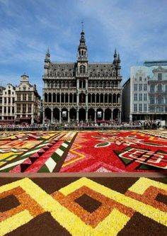 FAST FACT Once every two years, a carpet of flowers is laid out on the Grand Place in Brussels. The botanical blanket, made of cut begonias, will be on display in the city's main square August (Photo credit: Labo River, Gaston Batistini) Places Around The World, The Places Youll Go, Places Ive Been, Places To Visit, Around The Worlds, Most Beautiful Gardens, Beautiful Places, Flower Carpet, Luxembourg