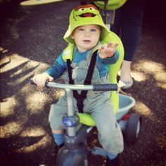 Matching your #hat to your #smarTrike is a must! :)