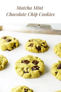 These cookies are perfect for afternoon snack. What's your fave afternoon snack? Matcha Cookies, Mint Chocolate Chip Cookies, Matcha Green Tea Powder, Afternoon Snacks, Healthy Drinks, Fun Desserts, Foodies, Deserts, Cooking