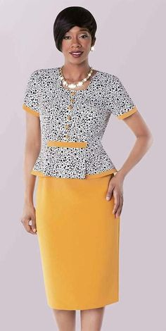 Two tones multi polka dot print dress suit with single layered design. Great women dress for work, church or any special or social vent. Source by ekayrie dresses suits Work Fashion, Skirt Fashion, Fashion Dresses, Fashion Tips, Maxi Dresses, African Fashion Designers, African Men Fashion, Womens Fashion, Sunday Dress