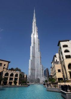 Dubai: Burj Khalifa - 830 Meters