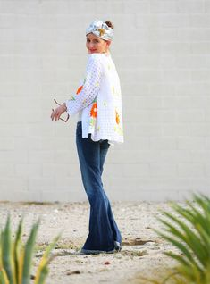 citizens of humanity charlie flares; cute flare jeans; cute bellbottoms; fall denim trends; mrs lilien; kelley lilien; kelly golightly; what are fashion trends for fall; best fall fashion trends