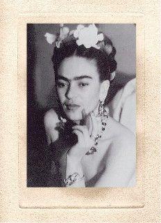 Frida en Nueva York Foto por Julien Levy 1938