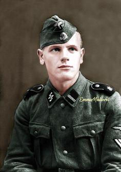 Soldat de la 1re Panzerdivision SS Leibstandarte SS Adolf Hitler, France 1944.