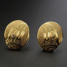 Kelvin Thompson, 14k Yellow Gold Stud Earrings, Raven, Northwest Coast Native Art Native Art, Native American Art, Native Design, Indigenous Art, Tribal Art, Gold Studs, Jewelery, Fashion Jewelry, Bling