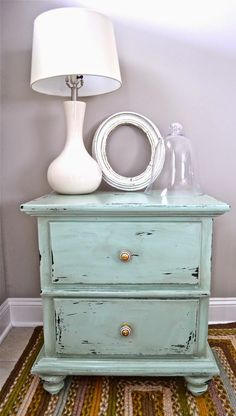 End table makeover. I End table makeover. I Seaside Decorative Furniture seasidedecorativefurniture Shabby chic furniture End table makeover. Shabby Chic Dresser, Shabby Chic Furniture, End Table Makeover, Decor, Furniture, Table Makeover, Distressed Furniture, Redo Furniture, Home Decor