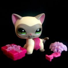 Littlest Pet Shop 1116 European Cat LPS Toy HASBRO 2006 Shorthair Cream