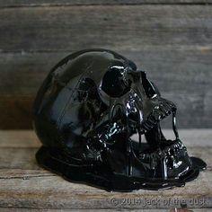 Black skull melt