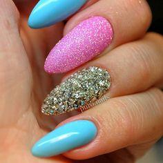 Makear 541 @perfect_nails_hurtownia  @makear.pl #nailart #nailsoftheday #nails #nail #hybrydnails #hybrydymanicure #instant #instanail #nails2inspire #paznokciehybrydowe #springnails #piekne #paznokcie #polskadziewczyna  #nailartist_manicure #nails #wiosna2017 #nailswag #hybryda #awesome  #nowypost #nailsmagazine @paznokciove_inspiracje @10_perfectnails @akademia_paznokcia #nailru #nailstagram @nailsmagazine @nails_champions #livelovepolish