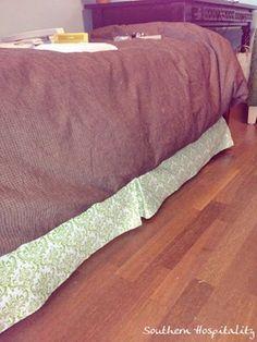 DIY velcro bedskirt from southernhospitalityblog.com