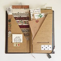 Baum-kuchen - Eunice's Traveler's Notebook [Original Compilation of Memoirs] Travelers Notebook, Doll Style, Midori, Handmade Books, Book Binding, Smash Book, Altered Books, Journal Inspiration, Journaling