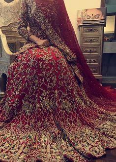 Wedding Day Dresses, Bridal Mehndi Dresses, White Bridal Dresses, Indian Bridal Outfits, Pakistani Wedding Dresses, Pakistani Outfits, Wedding Lehnga, Punjabi Wedding, Culture