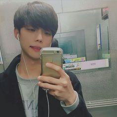 #wattpad #outros-gneros Vim compartilhar algumas fotos do tumblr pra você colocar de perfil ♥ ~ Aqui você encontra ulzzang boy/girl e até mesmo k-idols ~
