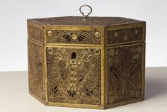 Quillwork Tea Caddy - Albany Institute of History and Art